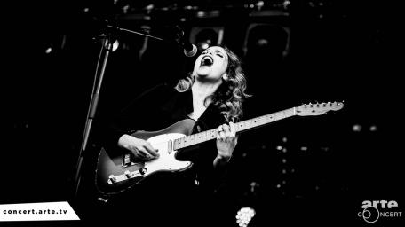 Anna Calvi @ Route du Rock - © Rod M